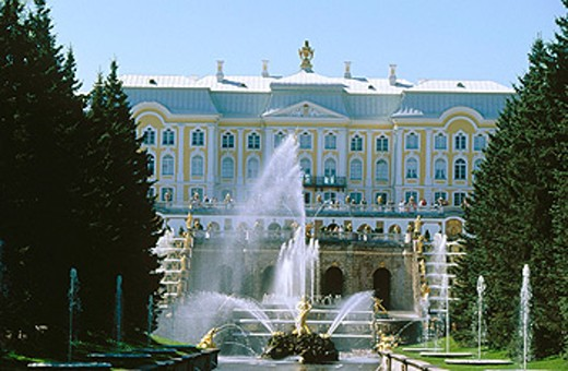 Stock Photo: 1566-078948 Palace and Grand Cascade. Petrodvorets Park. St. Petersburg, Russia