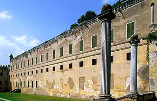 Stock Photo: 1566-079030 Cataio Castle (1570-72). Battaglia Terme. Veneto, Italy