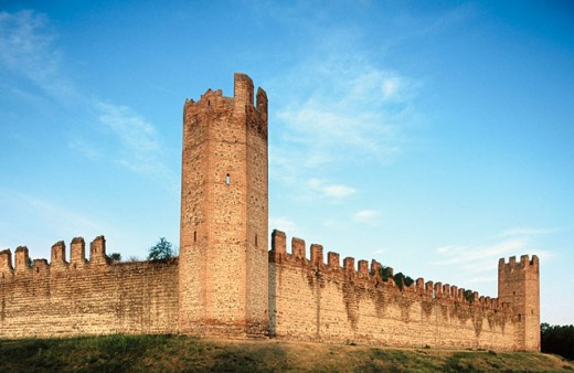 Montagnana defensive walls. Veneto, Italy : Stock Photo
