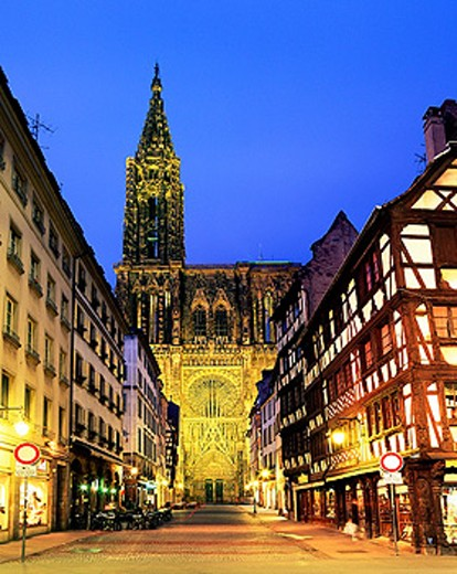 Stock Photo: 1566-084214 Cathedral. Strasbourg. Alsace. France