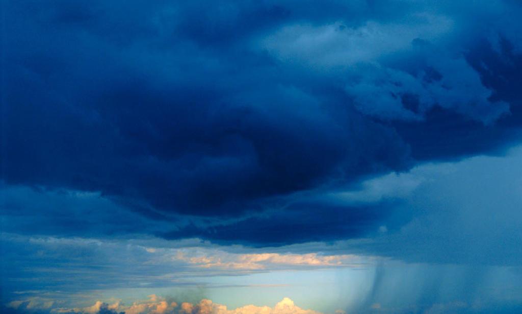 Stock Photo: 1566-088235 Storm approaching. Masai Mara. Kenya