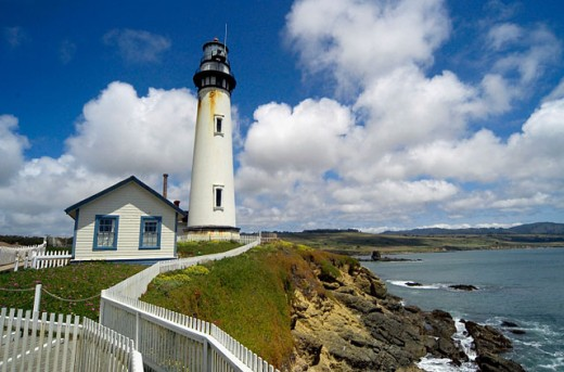 Lighthouse, Pigeon Point, Ca : Stock Photo