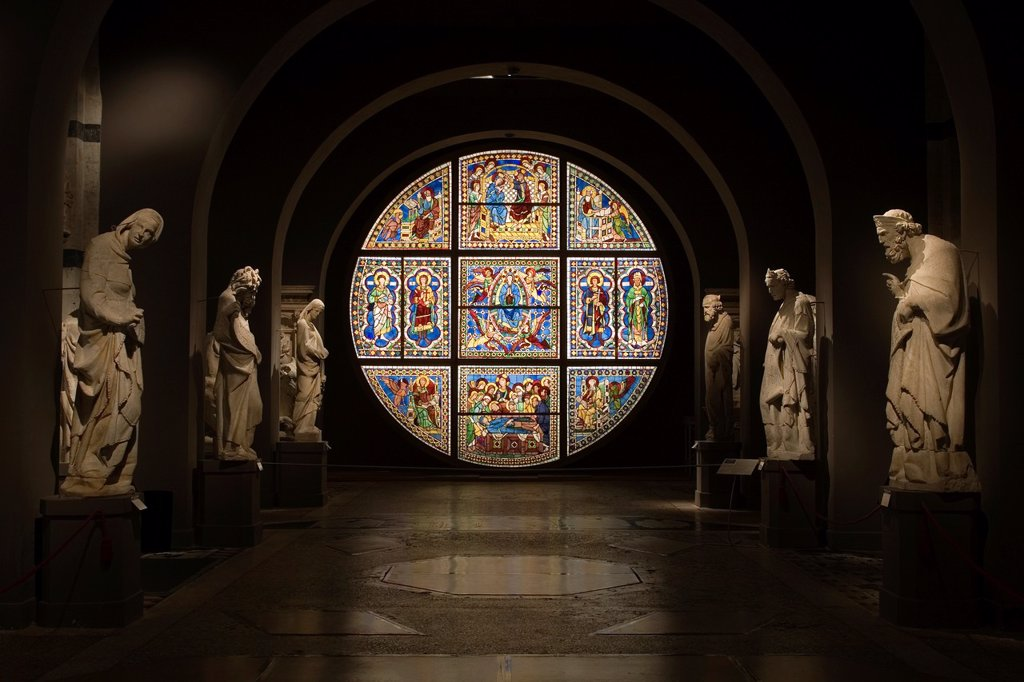 Stock Photo: 1566-1001683 europe, italy, tuscany, siena, museum opera metropolitana, mosaic stained-glass window by duccio di buoninsegna