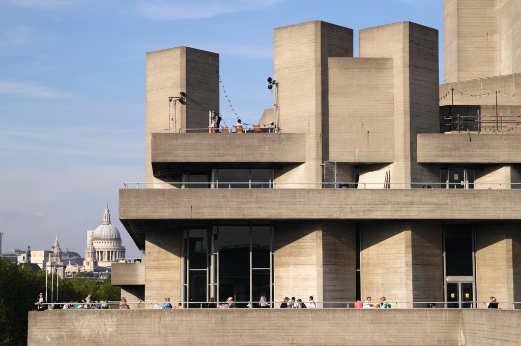 Stock Photo: 1566-1005982 National Theatre Southbank Centre London