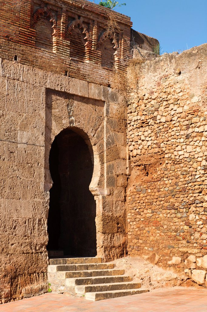 Niebla, Huelva Province, Andalusia, southern Spain  Puerta del Buey, or Gate of the Ox, one of the entrances through the walls into the town : Stock Photo