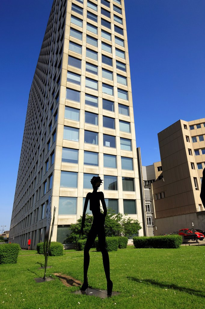 D-Dortmund, Ruhr area, Westphalia, North Rhine-Westphalia, NRW, Harenberg City Center, Harenberg Verlag, publisher, commercial tower, modern art, sculpture park, sculpture, naked girl : Stock Photo