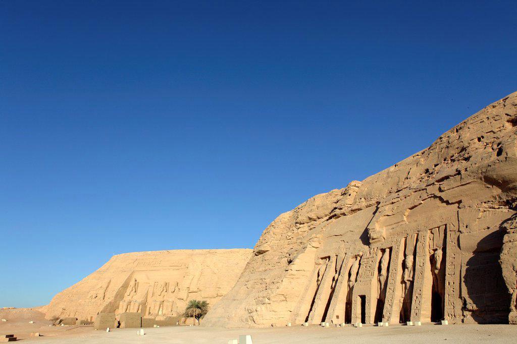 Stock Photo: 1566-1013657 Ramesses II and Nefertari´s temples at Abu Simbel, Aswan, Egypt