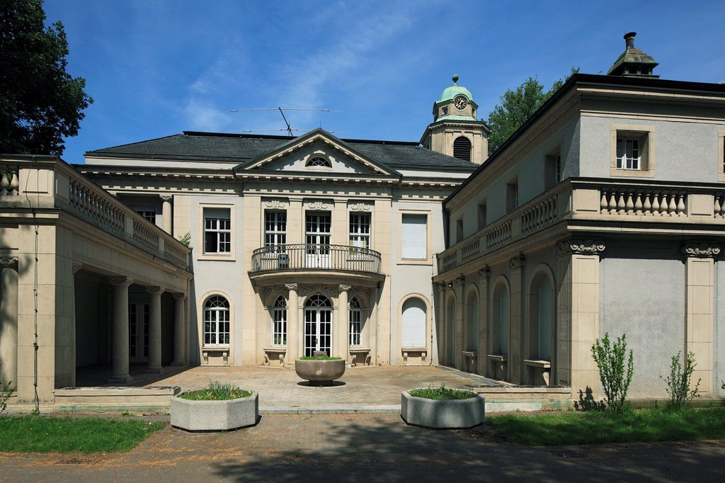 Stock Photo: 1566-1014040 D-Dortmund, Ruhr area, Westphalia, North Rhine-Westphalia, NRW, D-Dortmund-Dorstfeld, house Schulte-Witten, manor house, library