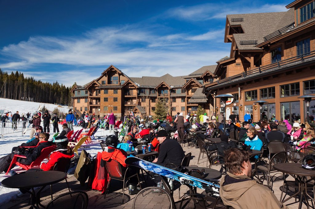 Stock Photo: 1566-1015168 USA, Colorado, Breckenridge, ski lodge, Peak 7, NR