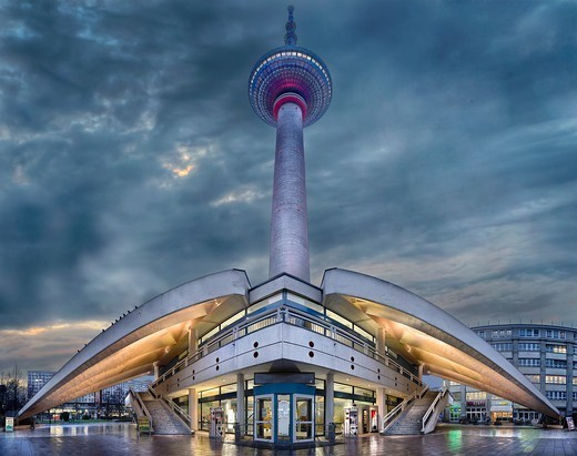 Fernsehturm Berlin : Stock Photo