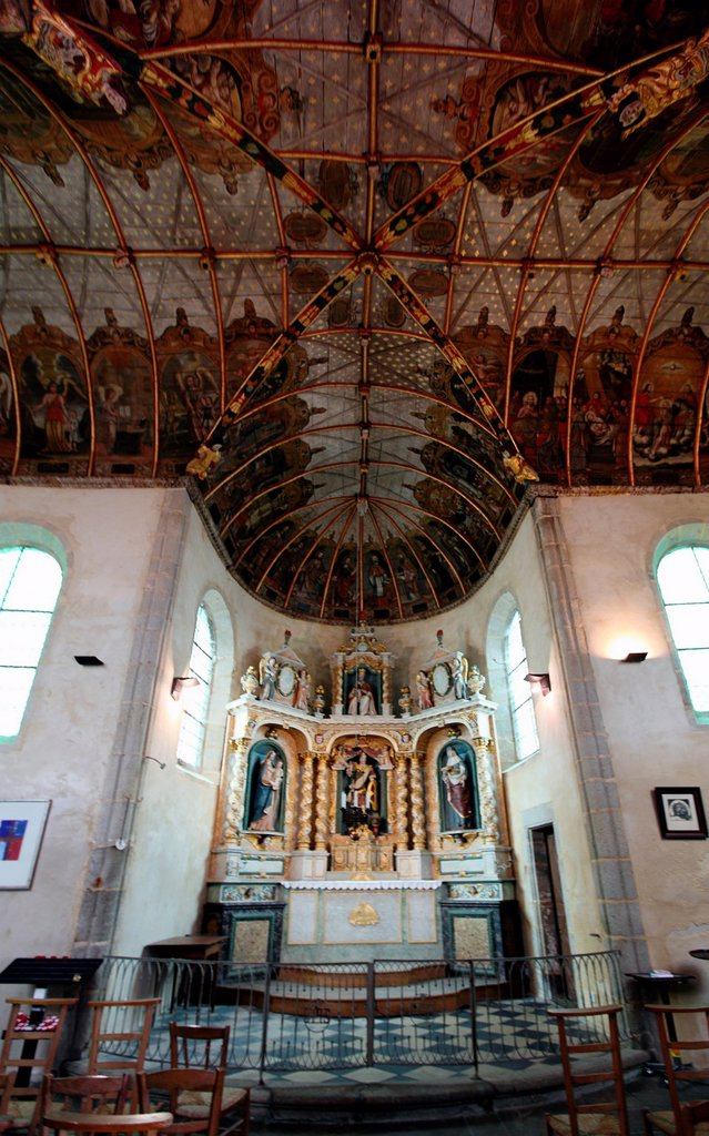 Stock Photo: 1566-1019695 Church of Saint Michel, vaults altar and wooden navy turned and painted polychrome, Douarnenez, Bretagne, France