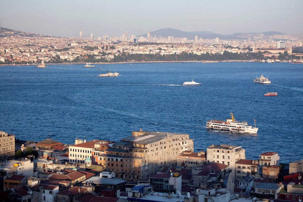 view on the eastern side of istanbul, from the Galata tower, Istanbul : Stock Photo