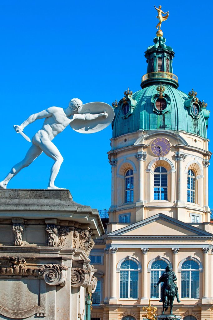 Stock Photo: 1566-1027731 Charlottenburg Palace, Berlin, Germany.