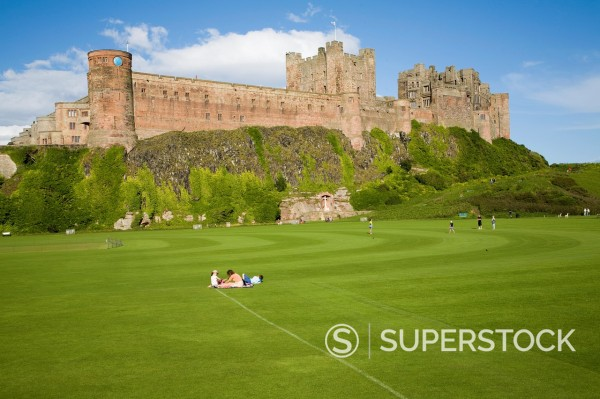 Stock Photo: 1566-1030738 Bamburgh Castle, Nortumberland, England