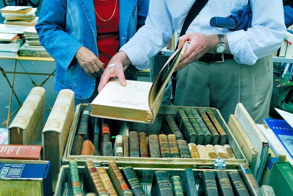 Stock Photo: 1566-1030826 Paris, France, Shopping, Flea Market, Adult Senior Couple Shopping for Collectible Books in Public Market, Cour de Vincennes