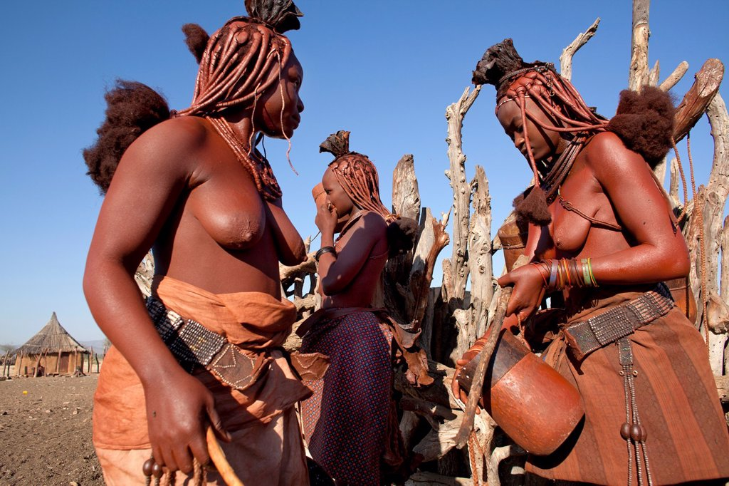 Stock Photo: 1566-1031098 Himba tribe in Namibia