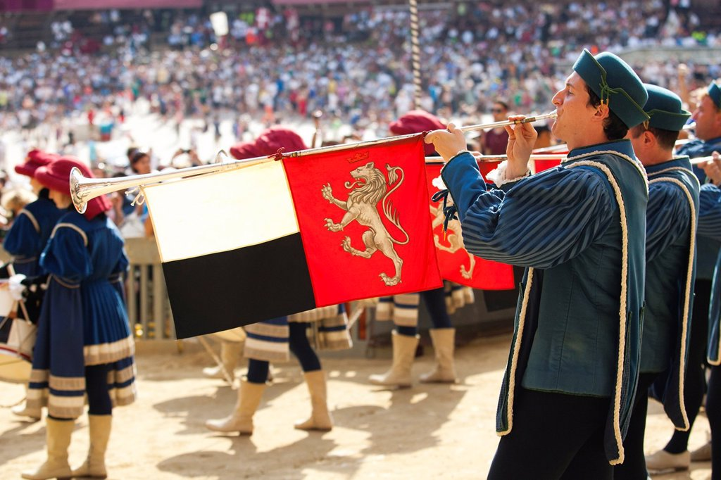 historical parade, palio of siena, siena, tuscany, italy, europe : Stock Photo