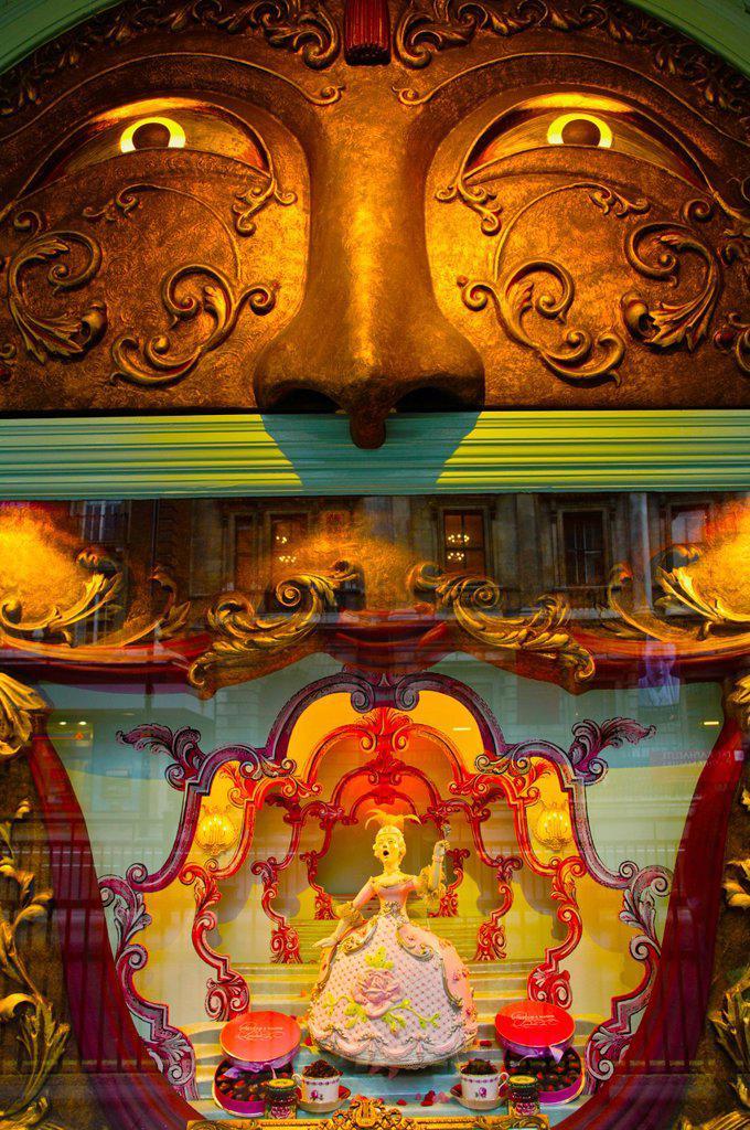 Stock Photo: 1566-1032830 Shopwindow in Fortnum and Mason , 1707 Opera Bites  Picadilly  London  England  United Kingdom  UK  Europe.