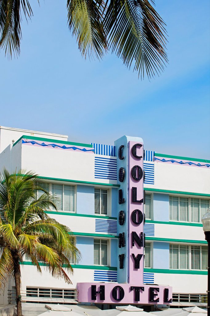 Stock Photo: 1566-1034050 Colony Hotel, Ocean Drive, South Beach, Art deco district, Miami beach, Florida, USA.