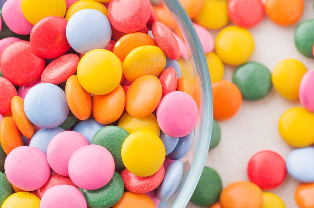 Stock Photo: 1566-1034355 Close up of multicolored candy