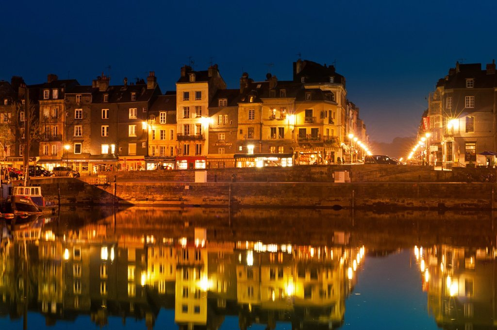 Stock Photo: 1566-1038256 historic buildings in marina, Honfleur, Normandy, France