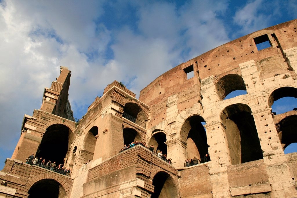 Stock Photo: 1566-1041686 inside the colosseum amphitheatre, rome