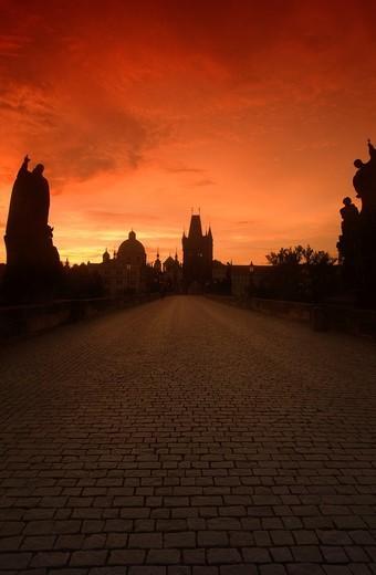 BAROQUE STATUES KING CHARLES IV BRIDGE PRAGUE CZECH REPUBLIC : Stock Photo