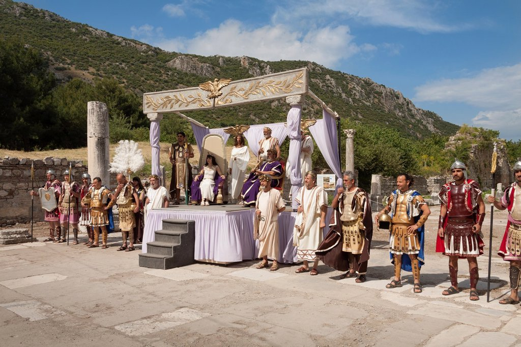 Reenacting an historical Roman event, with Caesar and Cleopatra on the stage, Ephesus, Turkey : Stock Photo
