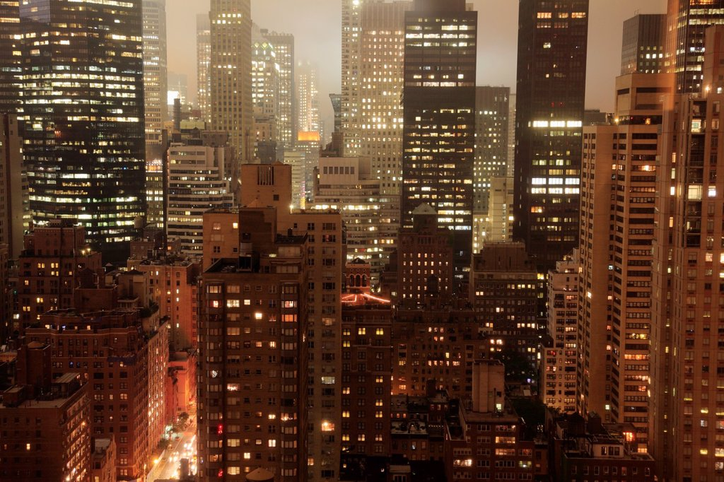 The night view of Midtown Manhattan  New York City  USA. : Stock Photo