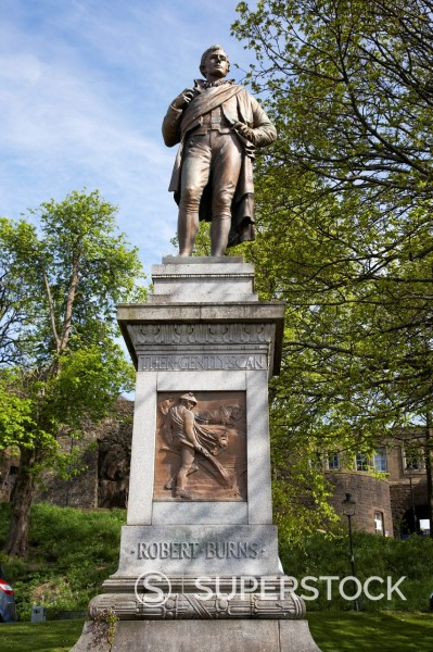 Stock Photo: 1566-1044659 robert burns statue stirling scotland uk