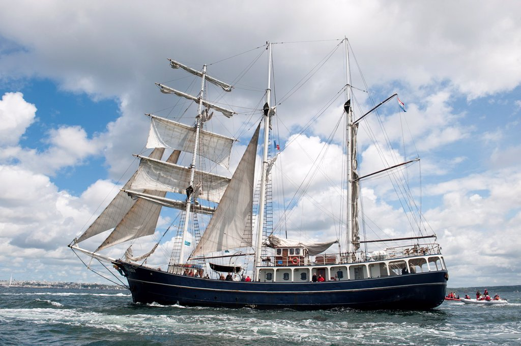 Stock Photo: 1566-1044854 The Thalassa sailing during the ´Tonnerres de Brest 2012´ International maritime festival, Brest France,