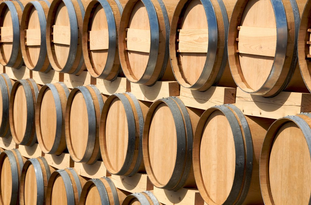 Stock Photo: 1566-1047077 Wooden barrels, Bordeaux, Gironde, France, Europe