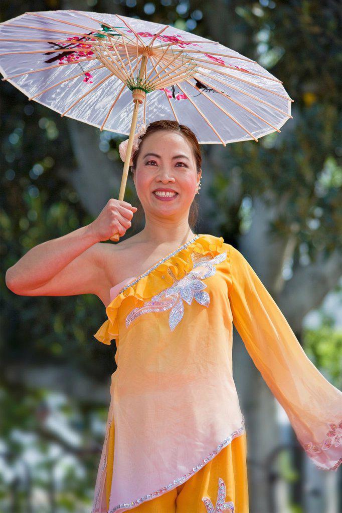 women folk dancer at Taiwan festival : Stock Photo