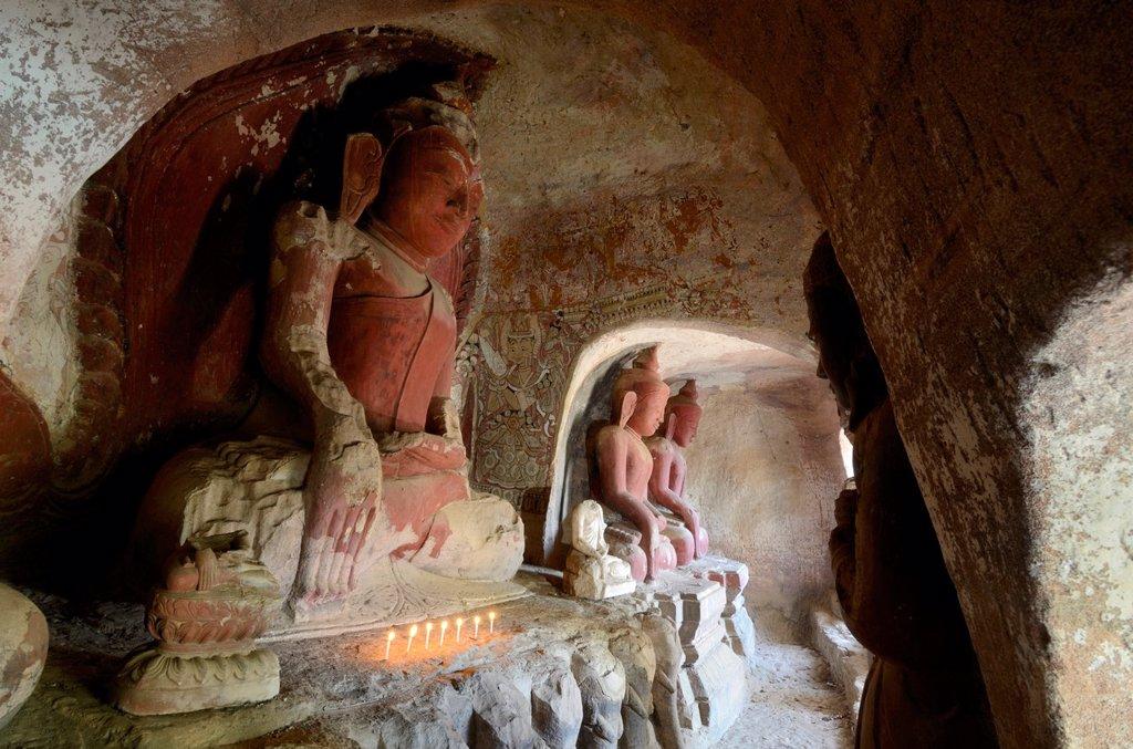Stock Photo: 1566-1050390 Burma, Myanmar, Monywa, Po Win Daung caves, troglodytics temple dated 14 th  century