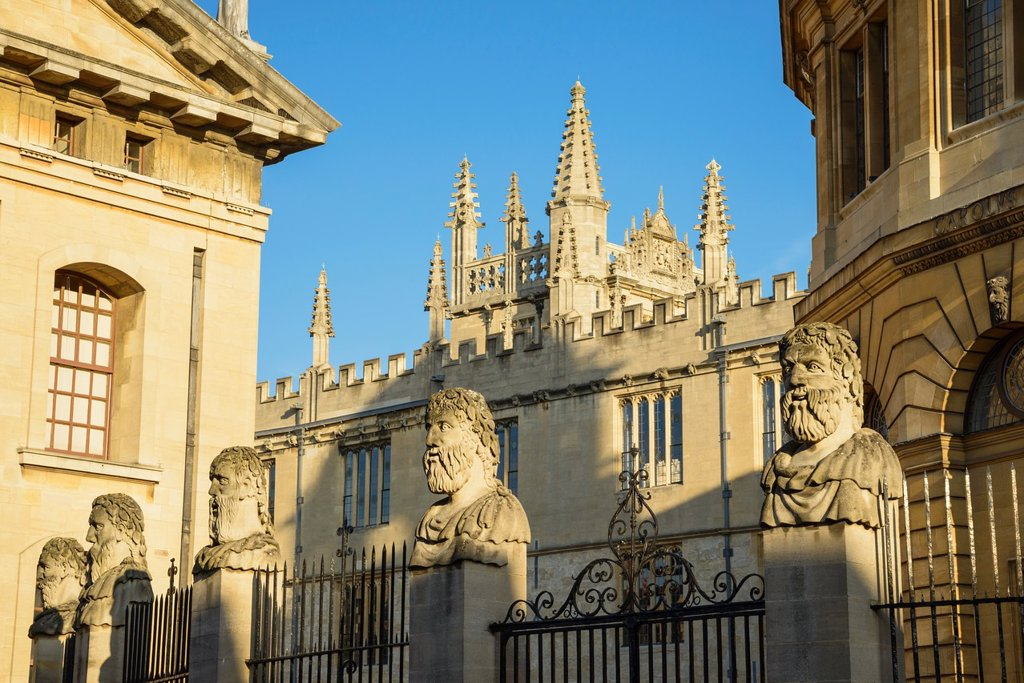 View from Broad Street of the Bodleian Library and Sheldonian Theatre, Oxford University, England, UK : Stock Photo