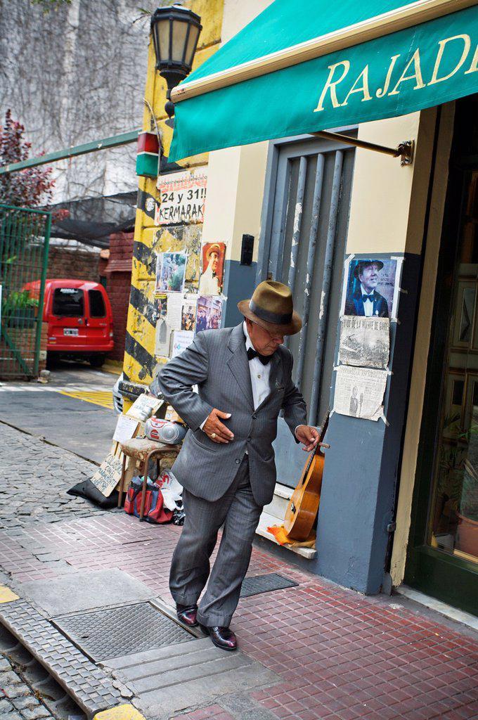 Showman at the San Telmo antique street market, Buenos Aires, Argentina. : Stock Photo
