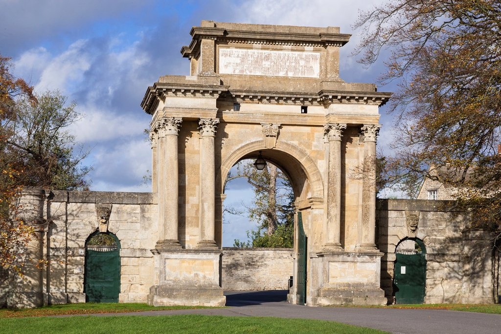 Woodstock Gate, Blenheim Palace, Oxfordshire, England, UK : Stock Photo