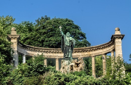 Gellert hill in Budapest, Hungary : Stock Photo