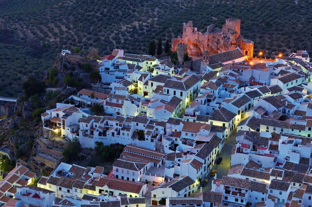 Stock Photo: 1566-1054365 Castle, Zuheros, Sierra de la Subbetica, Cordoba, Andalusia, Spain