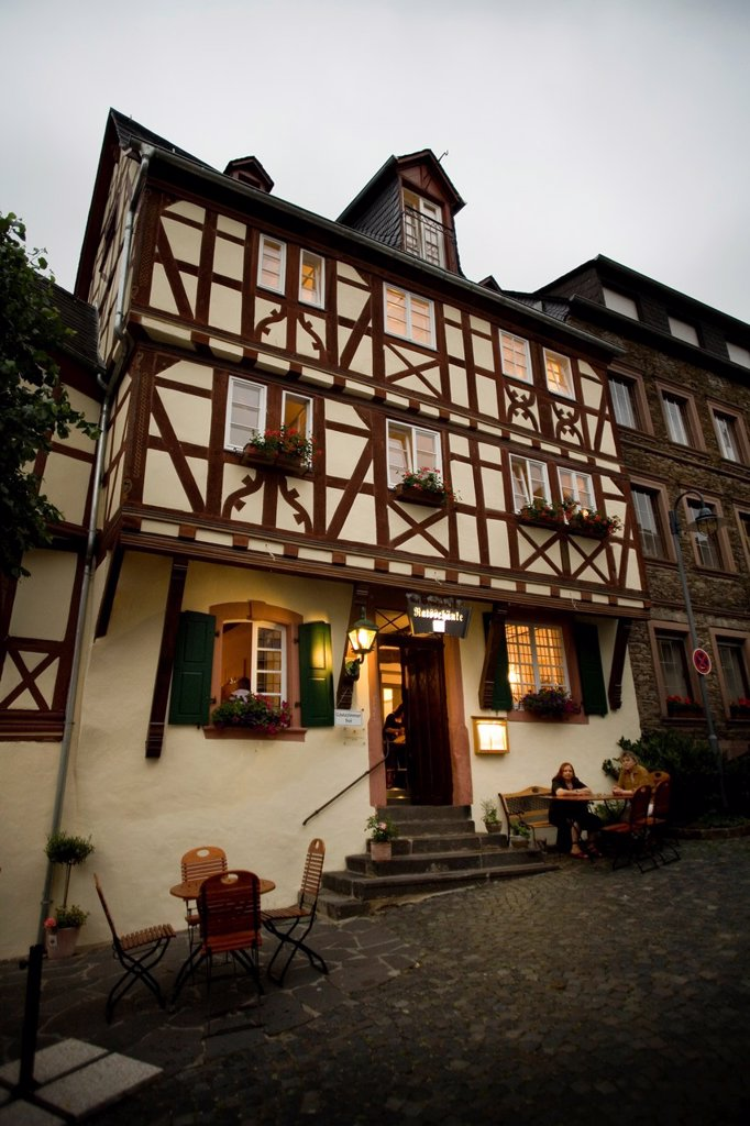 Stock Photo: 1566-1055555 Restaurant ´Ratsschanke Zeltingen´ facade at night  Zeltingen, Mosel, Renania-Palatinado, Germany, Europe