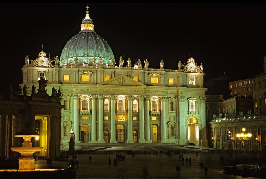 Stock Photo: 1566-1058776 Saint Peter´s Square  Vatican City, Rome, Italy
