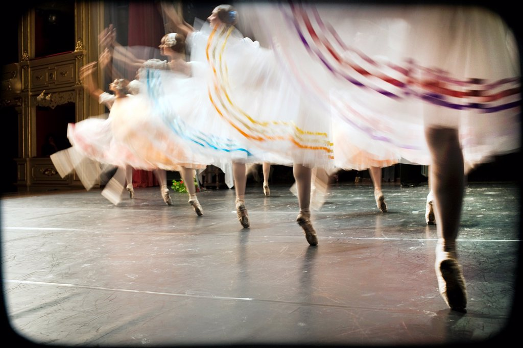 Stock Photo: 1566-1061406 representacion de ballet clasico en el escenario de un teatro, representation of classical ballet on the stage of a theater