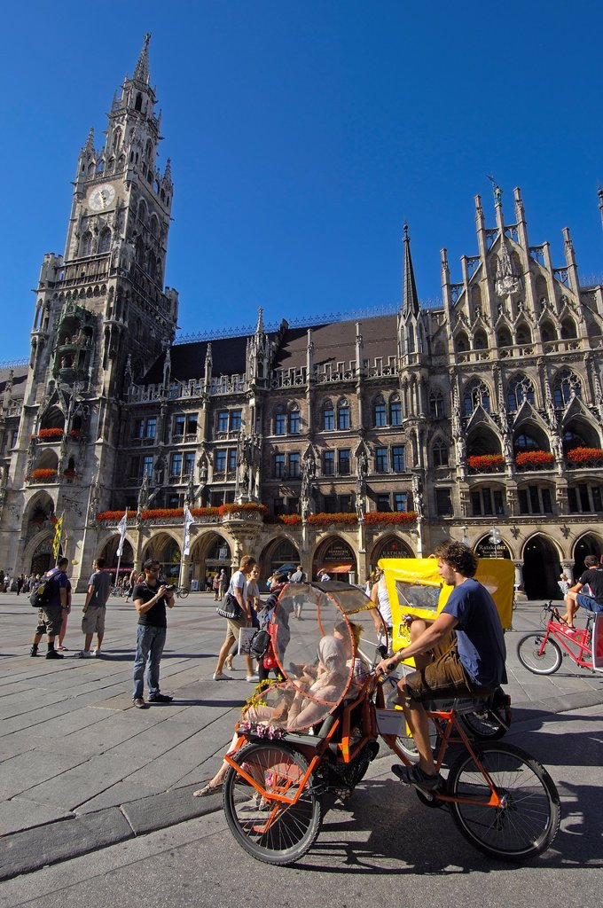 Stock Photo: 1566-1064192 Neues Rathaus (New Town Hall), bicycle taxis, Marienplatz, Munich, Bavaria, Germany