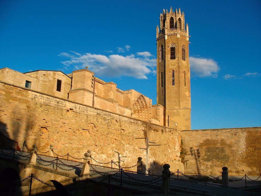 Stock Photo: 1566-1065534 Seu Vella old cathedral, Lleida, Catalonia, Spain