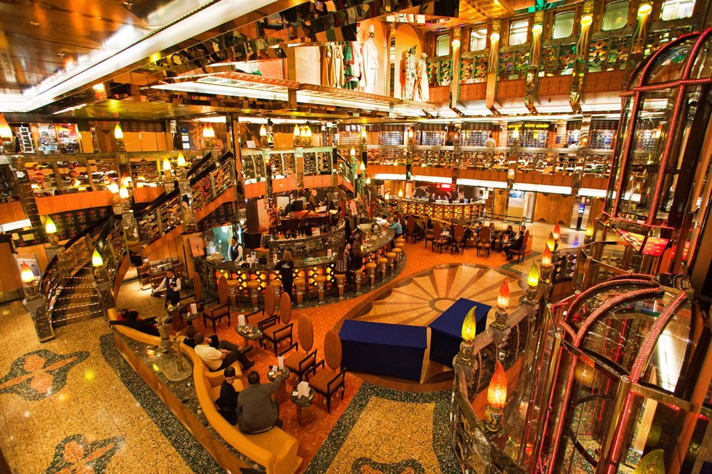 bar and coffe shop, cruise ship, costa mediterranea, costa crociere cruise line : Stock Photo