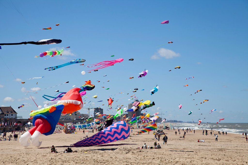 Stock Photo: 1566-1067625 International Kite Festival in Ostend, Belgium, Europe