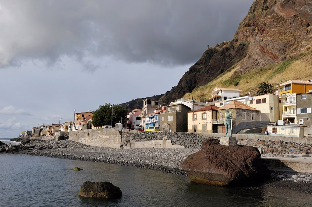Stock Photo: 1566-1070111 harbour of Paul do Mar, Madeira island, Atlantic Ocean, Portugal