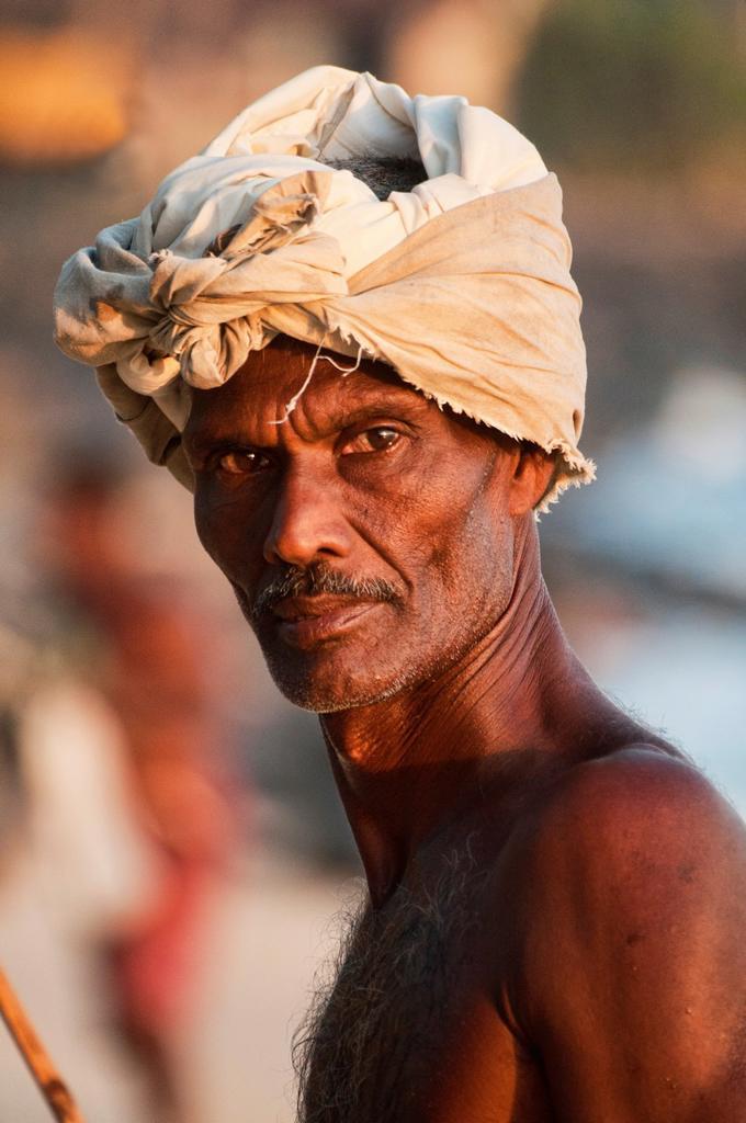 portrait of a stilt fisherman in Midigama, Sri Lanka : Stock Photo