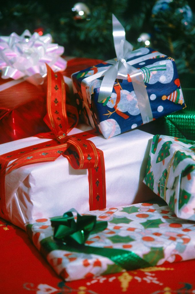 Stock Photo: 1566-1073854 Christmas gifts, wrapped