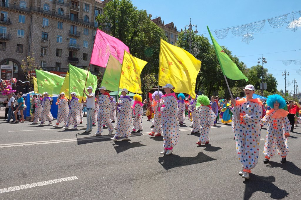 Stock Photo: 1566-1074930 Ukrainean Children´s Day Parade in Khreschatyk Street, Kiev, Ukraine, Europe